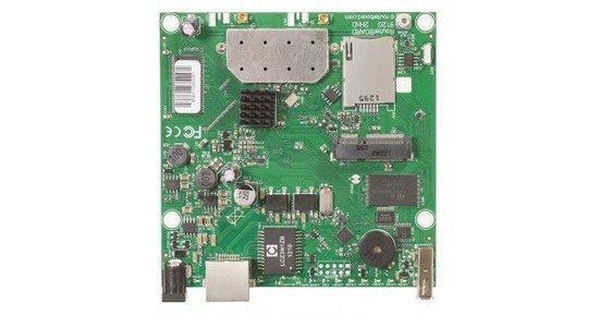 MikroTik RB912UAG-2HPnD, 802.11b/g/n, RouterOS L4, miniPCIe, RB912UAG-2HPnD