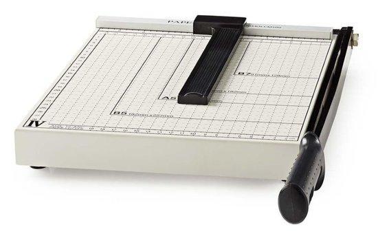 NEDIS řezačka na papír/ formát A4/ velikost řezu 210 x 297 mm/ kovová čepel/ černo-stříbrná, PACU110A4