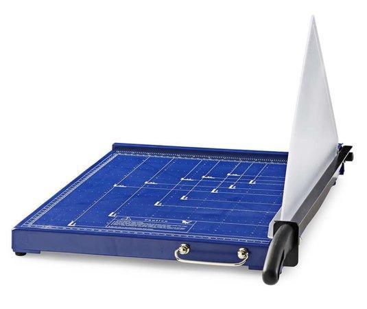 NEDIS řezačka na papír/ formát A3/ velikost řezu 297 x 420 mm/ kovová čepel/ černo-modrá, PACU110A3