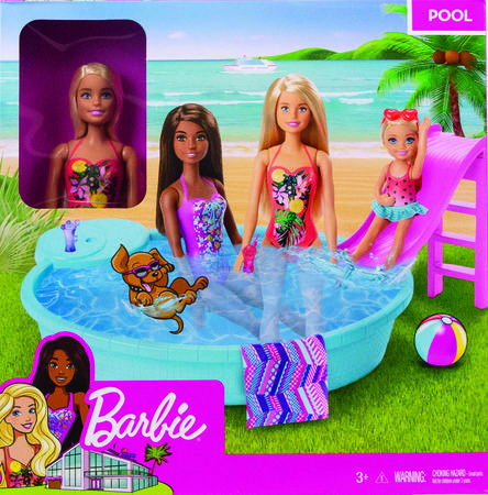 Barbie panenka a bazén