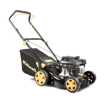 Riwall PRO RPM 4234 P travní sekačka 2 v 1 s benzinovým motorem bez pojezdu