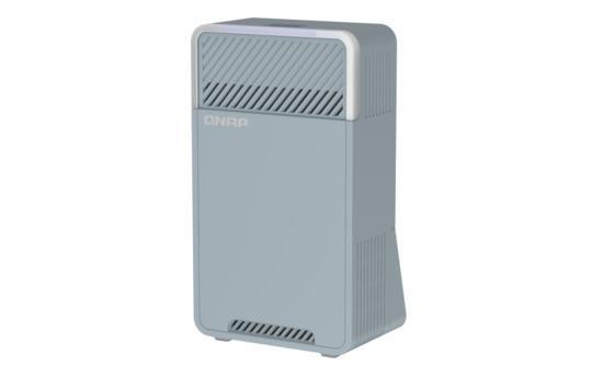QNAP třípásmový Wi-Fi SD-WAN Mesh router QMiro-201W (2xGbE / 1xUSB 3.2 / Bluetooth / 4 int. antény),